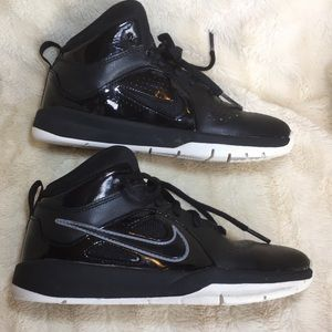 NIKE High Top Black Sneakers